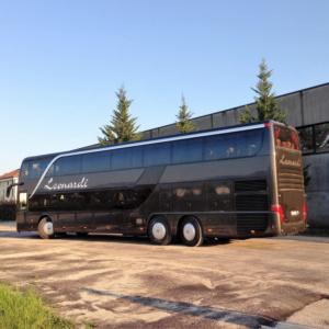 autobus 2 piani fino a 84 posti - adibito a trasporto disabili fino a 4 carrozzine